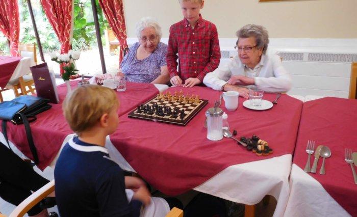 Grace Dieu Pupils visit Ashby Care Home 2